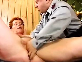 Deutsch MILF Kira Red Raue gefickt von Pocket-sized