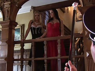 Visually awesome FFM threeway with Investor Cassidy and Carmella Bing