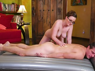 Erotic massage leads burnish apply busty masseuse to suck and fuck