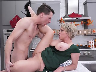 Hot mature screams with step son's cock entirely damaging the brush cunt