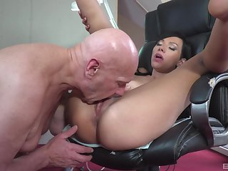 Asian woman licked and fucked going forward