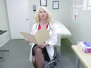 Oversexed nurse London River adores hither masturbate in her hospital designation