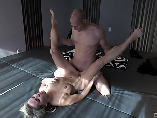 Julia Socialistic pleasures a customize hunk with her wet mouth and pussy