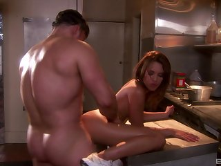 Housewife Renae Cruz having an affair with the cookhouse help
