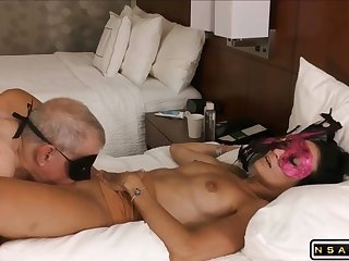 Mature dude fraying pussy in the sky holiday