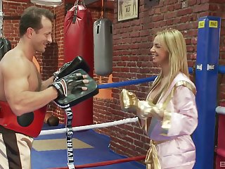 Superb blonde gets fucked hardcore in the ring off out of one's mind her boxing terse